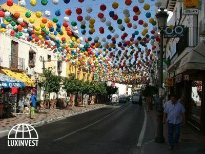 Праздник на испанской улице