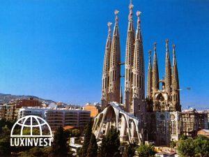 Собор Саграда Фамилия в Барселоне планируют достро...